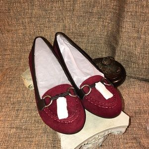 Red and dark brown suede like loafers with tassels